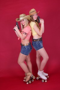 Cowgirls (2) by Showskating